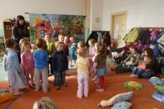 2011-02-23 Písničkový pořad v Montessori centru